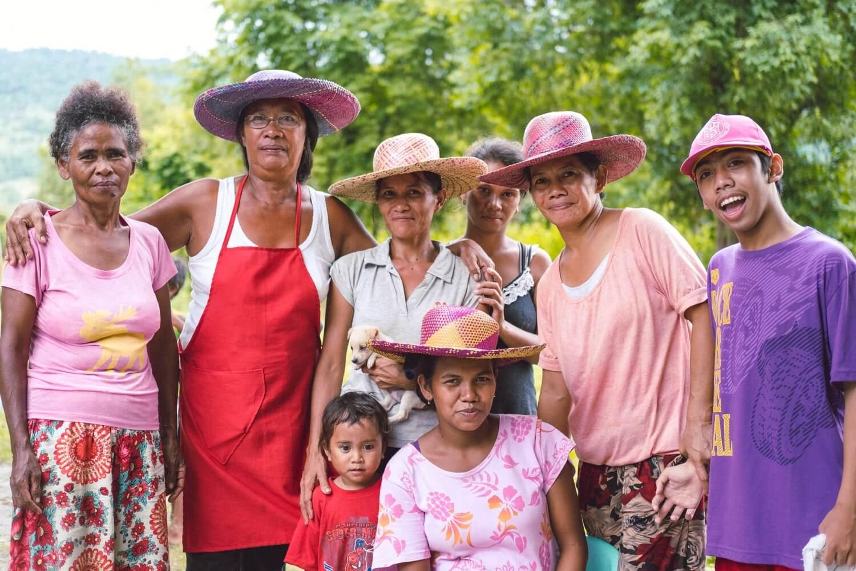 先住民族の家族